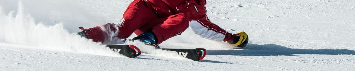 man-on-ski-board-on-snow-field-1271147.jpg